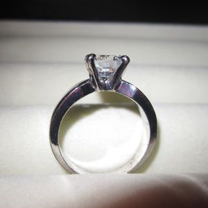 unknown Jewelry - Faux Diamond Ring